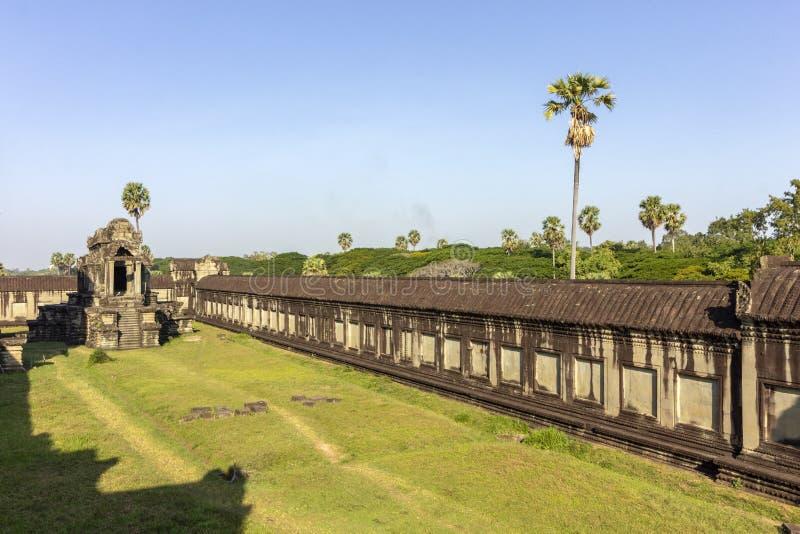 De oude complexe tempel van Angkorwat, het Noorden Duizend Godsbibliotheek, één van de grootste godsdienstige monumenten in de we stock fotografie