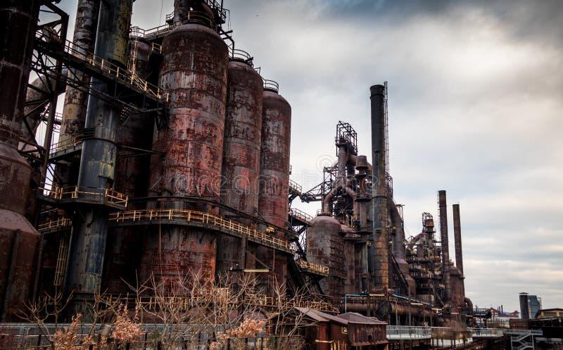 De oude die Bethlehem Staalfabriek sinds 1998 wordt gesloten is een stuk van industriële geschiedenis stock afbeeldingen