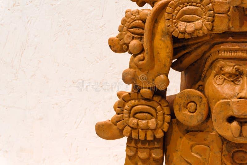 De oude funerary urn van Zapotec in de vorm van deity royalty-vrije stock afbeeldingen
