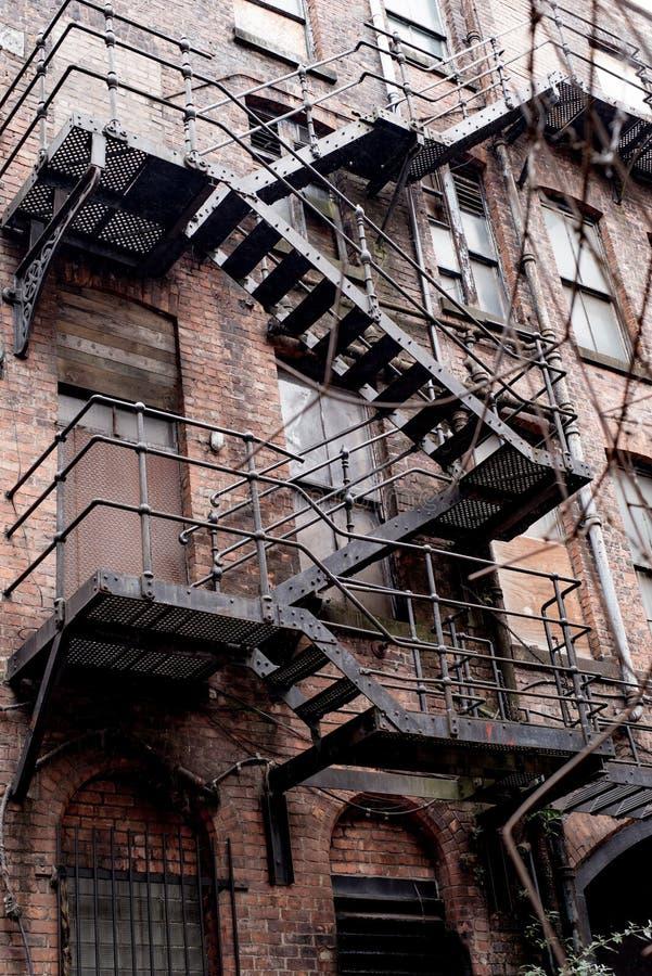 De oude Gereduceerde Verlaten oude bouw in Manchester royalty-vrije stock afbeelding