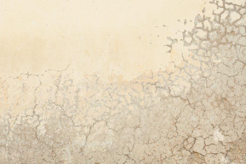 De oude grijze achtergrond van de texturenmuur met barsten royalty-vrije stock foto