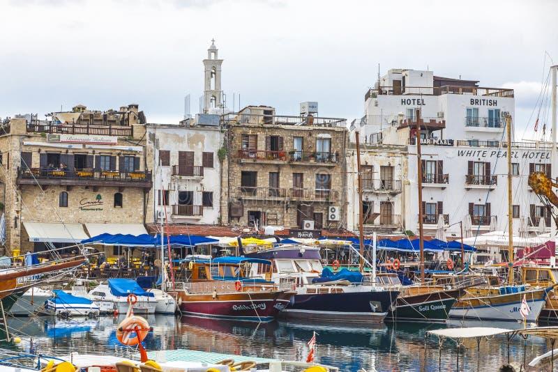 De oude haven van Kyreniagirne, Noordelijk Cyprus royalty-vrije stock foto's