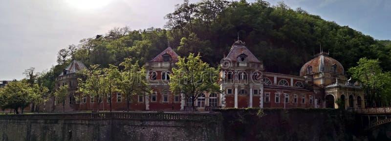 De oude historische barokke bouw - Keizeraustiacbaden Herculane royalty-vrije stock fotografie