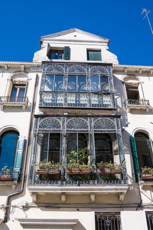 De oude historische bouw van Italië, in Venetië stock afbeelding