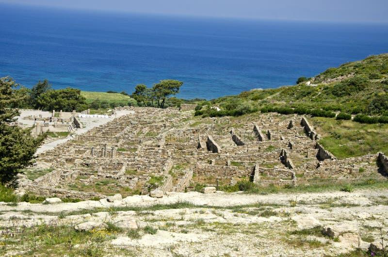 De oude historische ruïnes van Kamiros van de erfenisstad, Rhodos, Griekenland stock fotografie