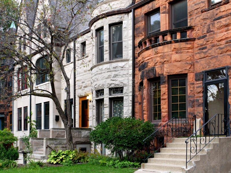 De oude huizen in de stad van Chicago royalty-vrije stock afbeelding