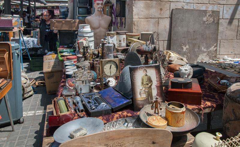 De oude Jaffa-Vlooienmarkt (Shuk Hapishpishim) in Tel Aviv stock foto's