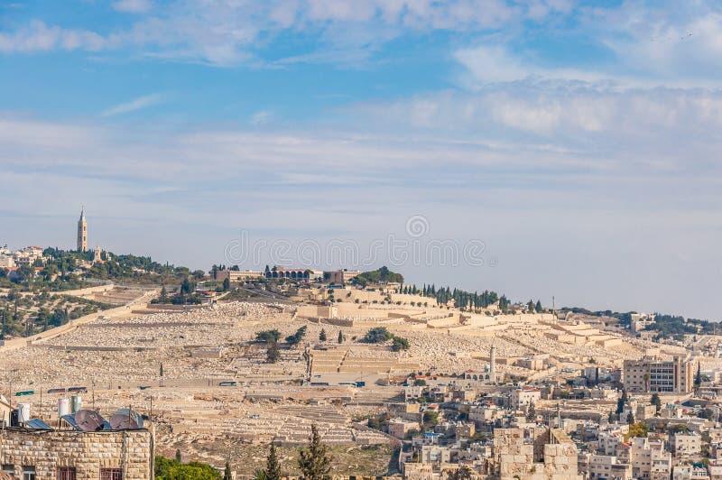 De oude Joodse begraafplaats in de Olijfberg, Israël stock foto's