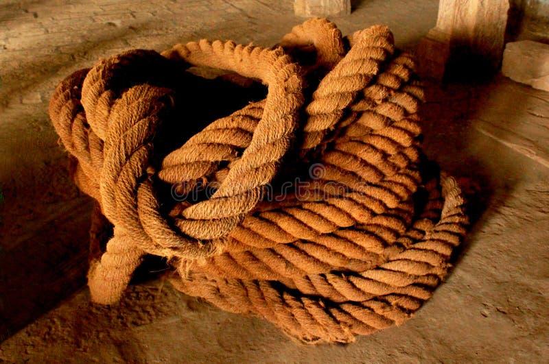 De oude kabel van het erfenis grote coir stock fotografie