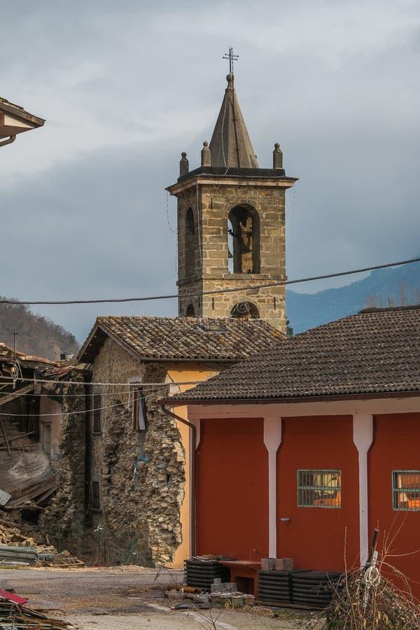 De oude kerk van Sperlonga-dorp royalty-vrije stock afbeeldingen