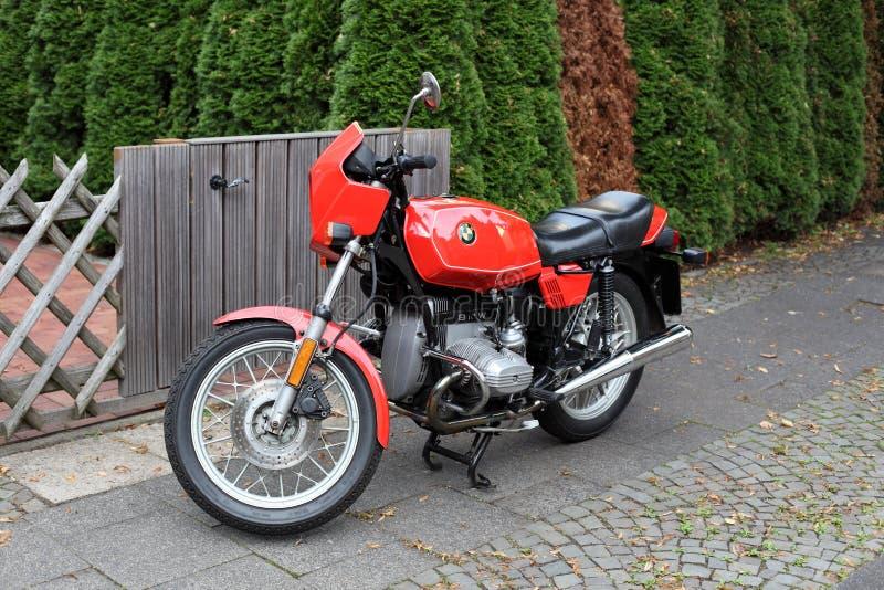 De oude klassieke Motorfiets van BMW R45 stock afbeelding