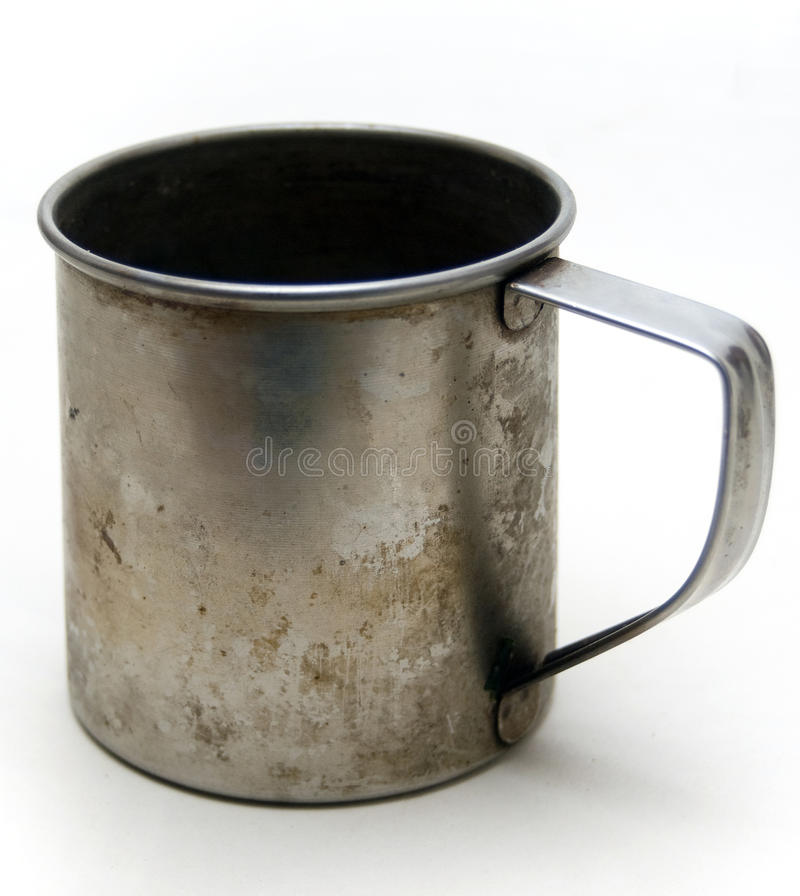 De oude kop van het metaal royalty-vrije stock afbeelding