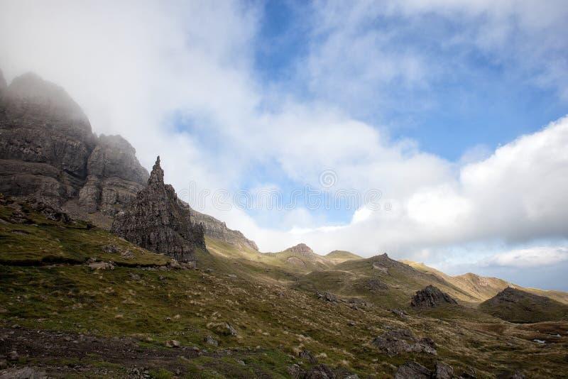 De Oude Man van Storr op het Eiland van Skye in de Hooglanden van Schotland stock afbeeldingen