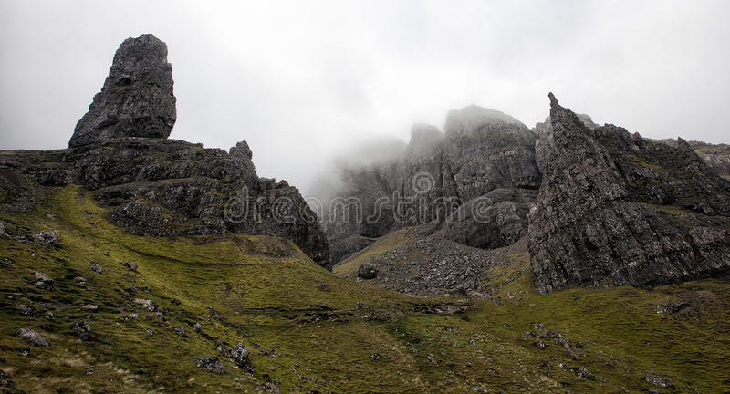 De Oude Man van Storr op het Eiland van Skye in de Hooglanden van Schotland royalty-vrije stock foto's