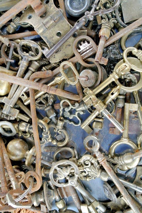 De oude metaalsleutels royalty-vrije stock foto's