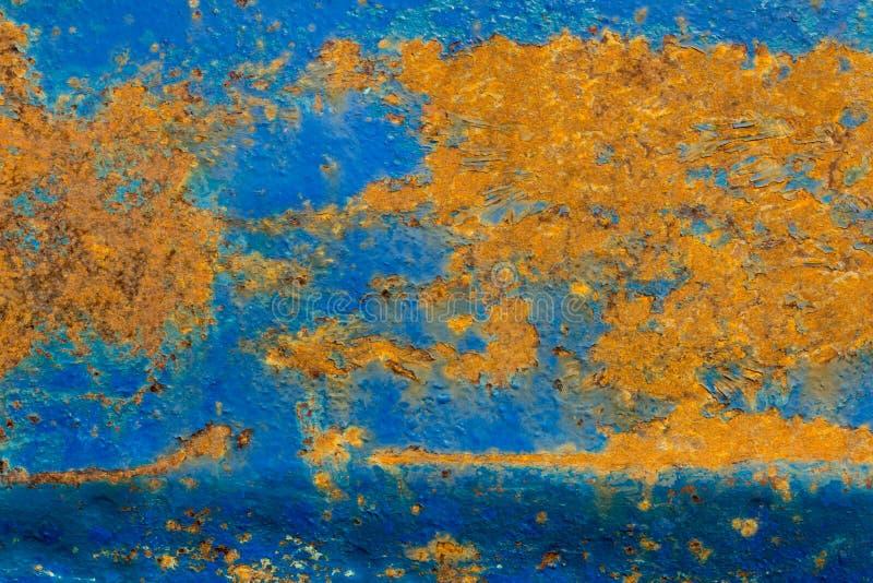De oude metaaltextuur met schil blauwe verf en roest stock foto's