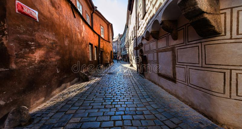 De oude muren van Cesky Krumlov Tsjechische Republiek stock foto's
