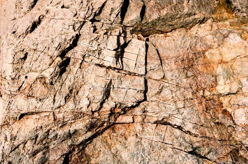 De oude muren van het steenhol hebben sporen door tijd royalty-vrije stock foto
