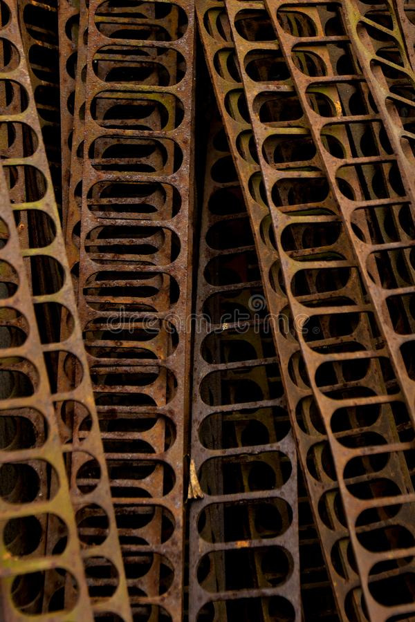 De oude roestige platen van de ijzerrib stock foto's
