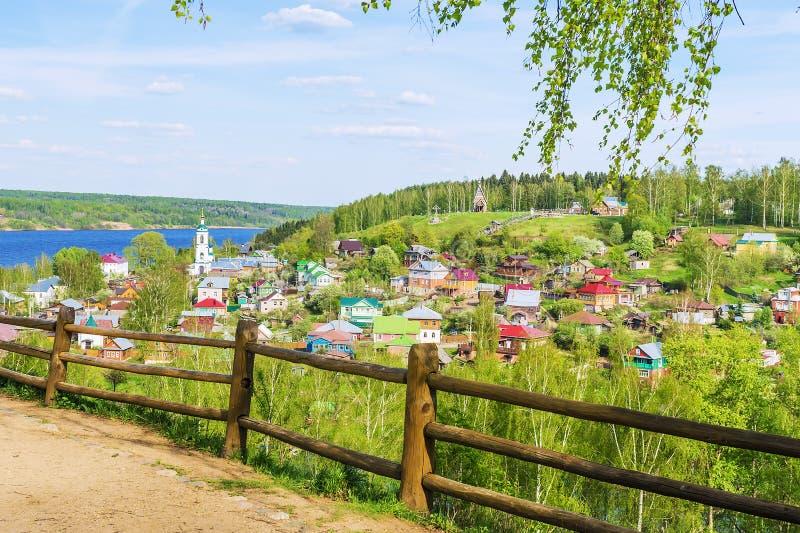 De oude Russische stad van Ples op de Volga Rivier stock fotografie