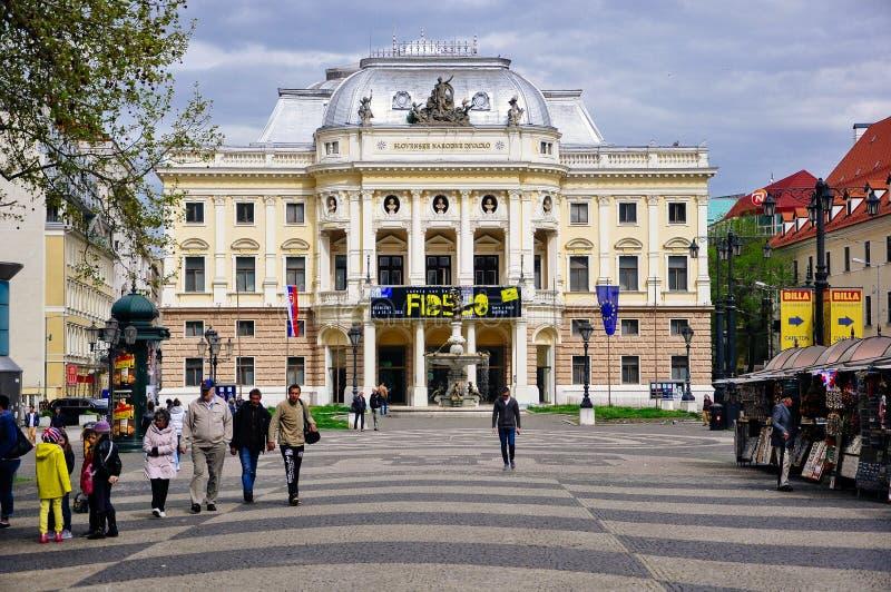 De oude Slowaakse Nationale Theaterbouw, Bratislava, Slowakije stock fotografie