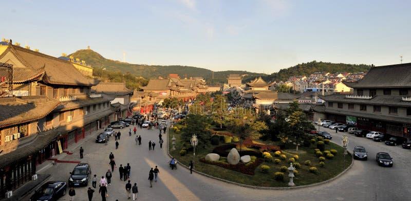 De oude stad in de ochtend stock afbeelding