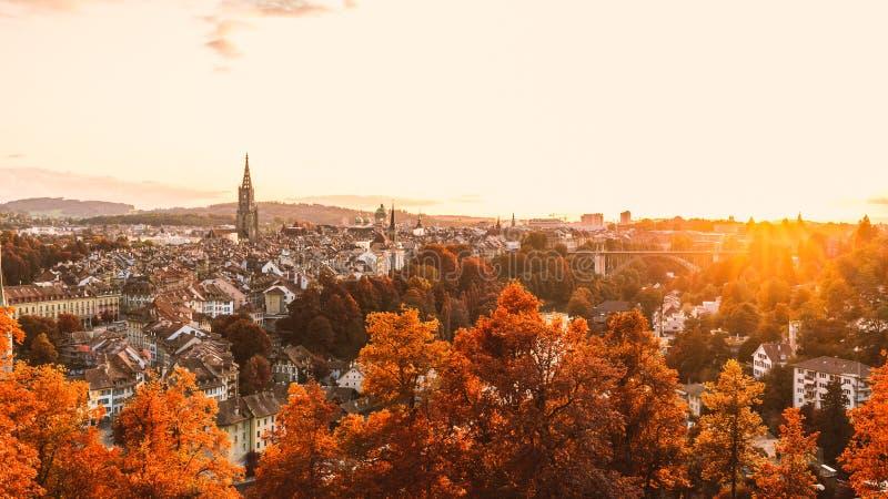 De oude stad van Bern in de herfst stock foto's