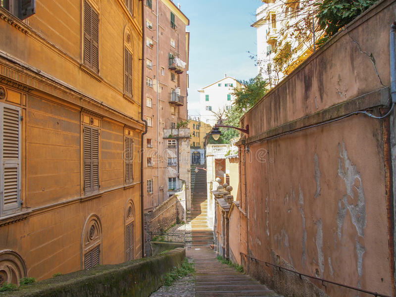 Download De oude stad van Genua stock afbeelding. Afbeelding bestaande uit stedelijk - 39114615