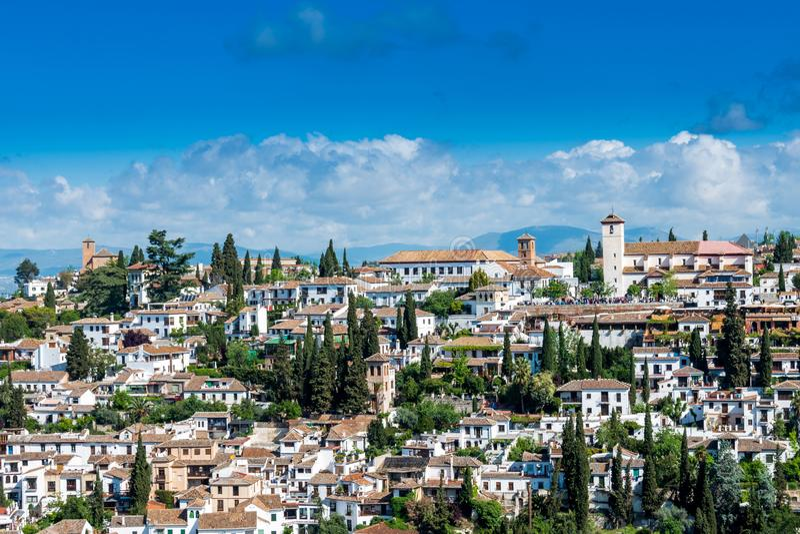 De oude stad van Granada op een zonnige dag royalty-vrije stock foto