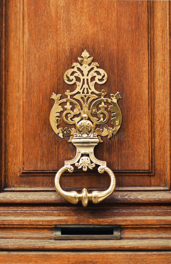 De oude stijl sneed kloppers van de deur royalty-vrije stock afbeelding