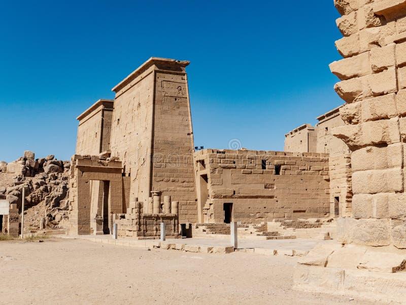De oude tempel van Philae dichtbij Aswan in Egypte één van de belangrijkste toeristische attracties in Egypte royalty-vrije stock foto