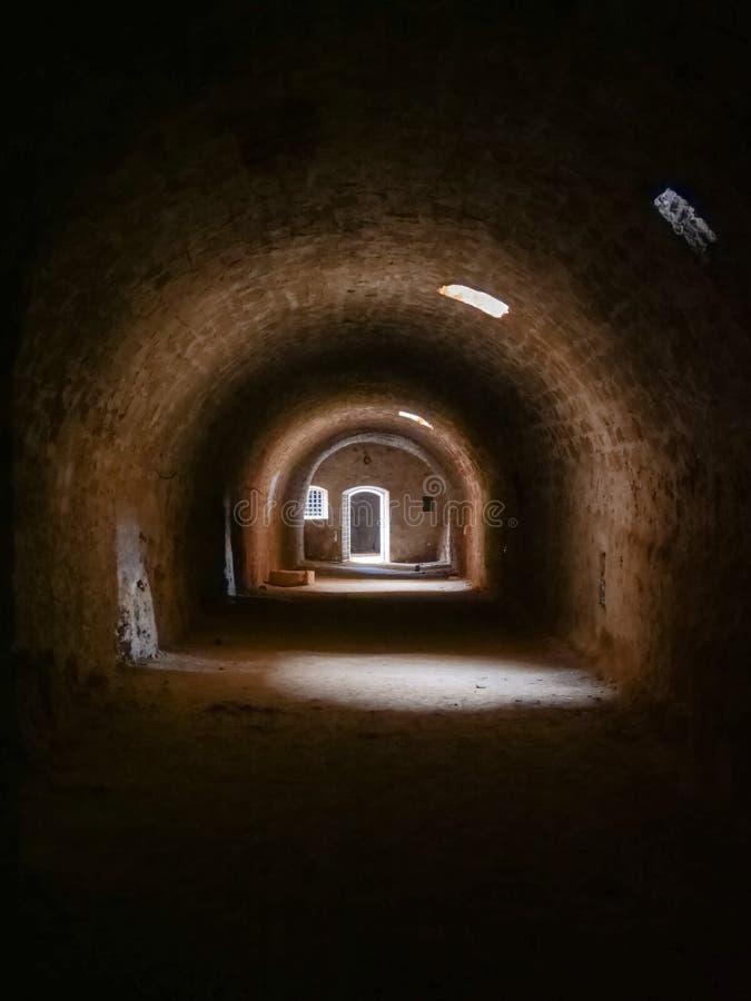 De oude Tunnel van de Steen royalty-vrije stock foto