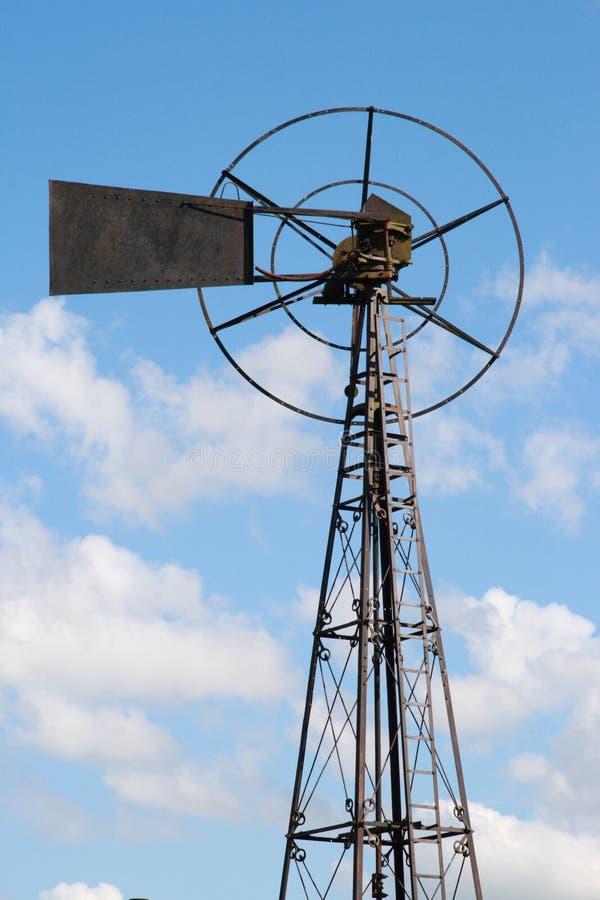 De oude Turbine van de Metaalwind royalty-vrije stock afbeeldingen