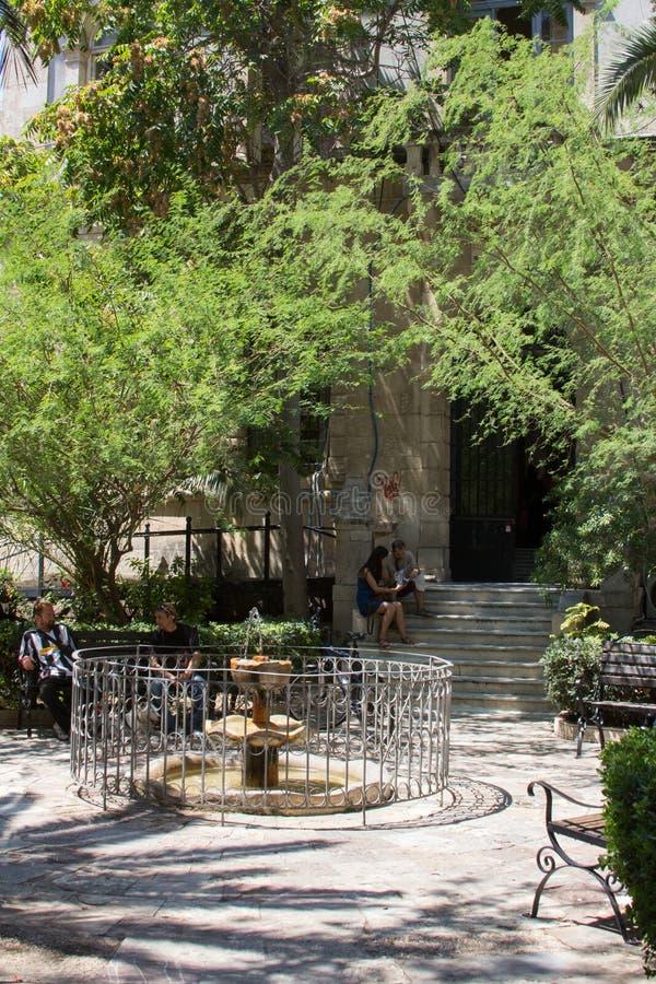 De oude Venetiaanse fontein in Kreta stock foto's