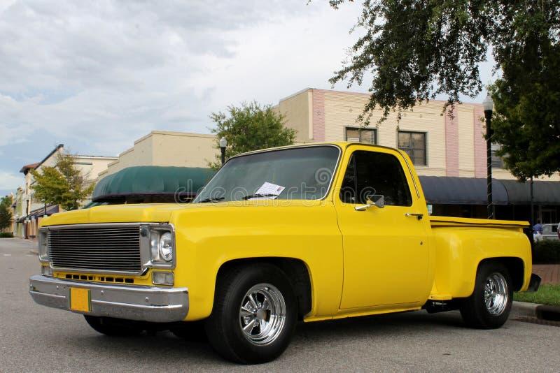 De oude Vrachtwagen Chevrolet royalty-vrije stock afbeelding