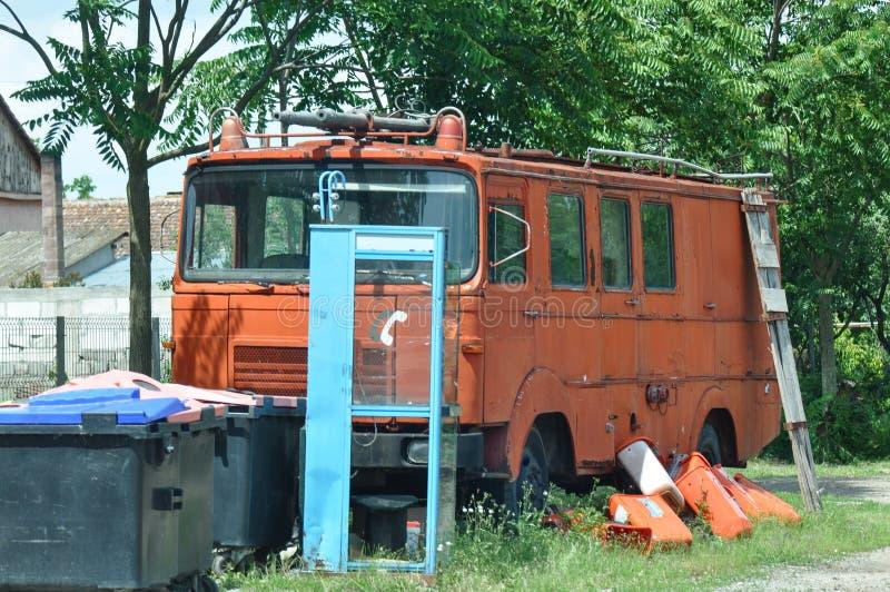 De oude Vrachtwagen van de Brand stock foto's
