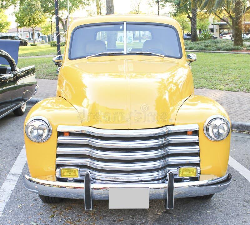 De oude Vrachtwagen van Chevrolet stock foto's