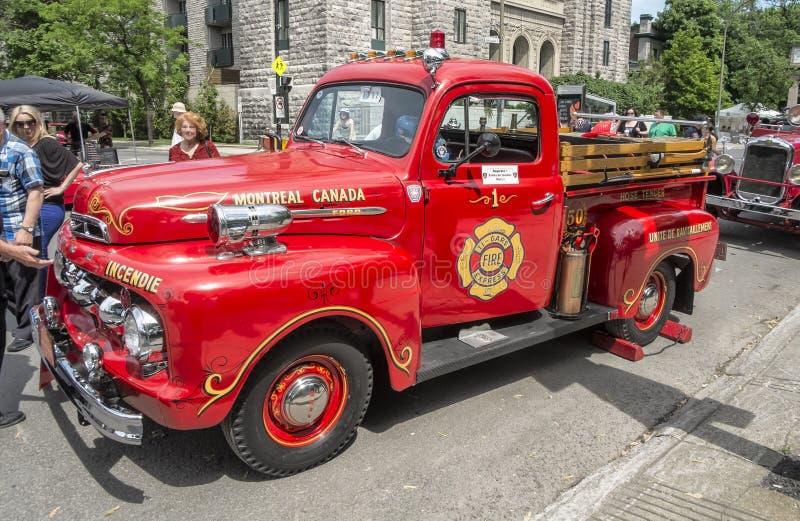 De oude Vrachtwagen van de Brand stock afbeeldingen