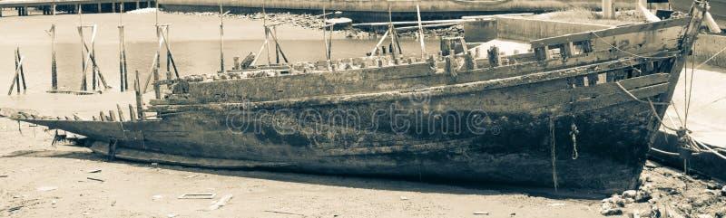 De oude Wrakken van het Schip in Ayr Schotland stock foto's
