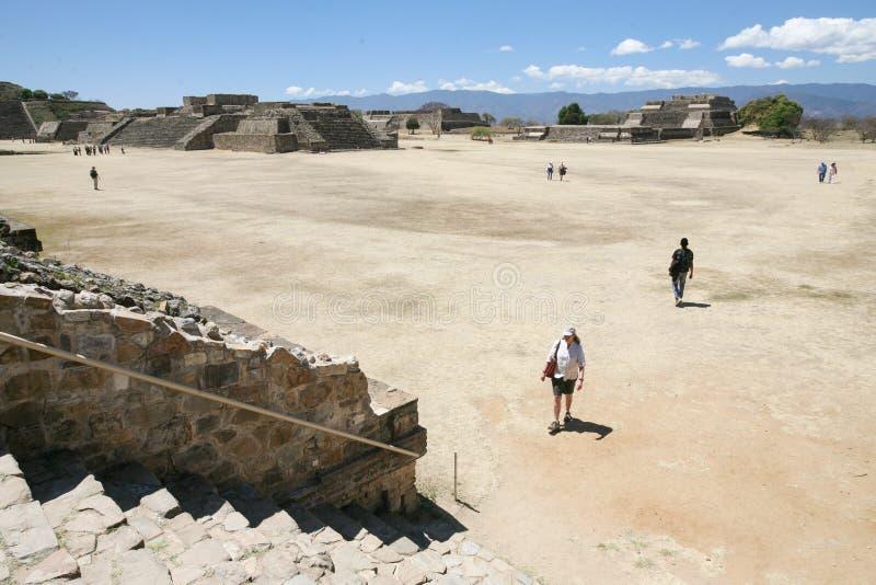 De oude Zapotec-ruïnes van de de Werelderfenis van Unesco op Monte Alban, Oaxa royalty-vrije stock fotografie