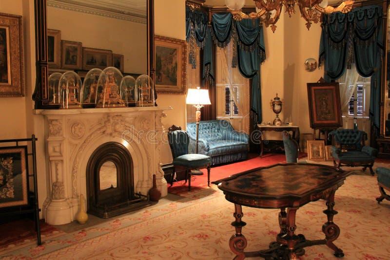 De overweldigende binnenlandse rijkdom van architectuurvertoningen van rijk, historisch Richard Bates House, Oswego, New York, 20 royalty-vrije stock afbeeldingen