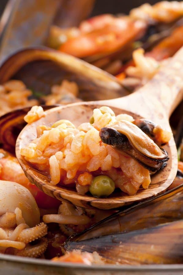 De Paella van zeevruchten royalty-vrije stock afbeelding