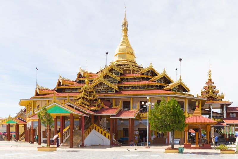 De Pagode van Phaungdaw Oo, Inle-meer, Myanmar royalty-vrije stock fotografie