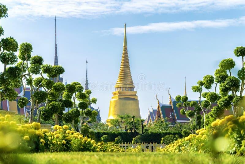 De pagode van Wat Phra Kaew, een heilige plaats verbonden aan reli royalty-vrije stock foto