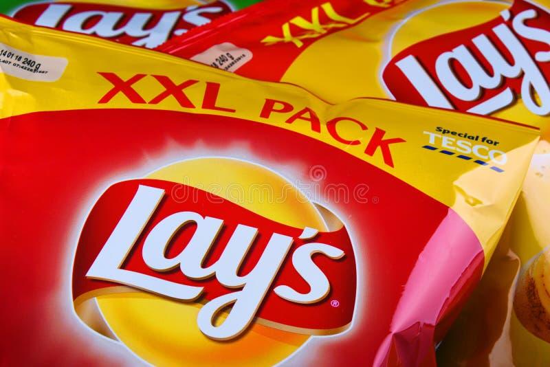De pakketten van legt chips stock afbeeldingen