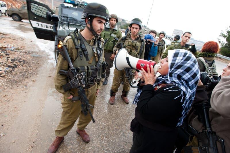 De Palestijnen protesteren Israëlische Muur royalty-vrije stock afbeeldingen