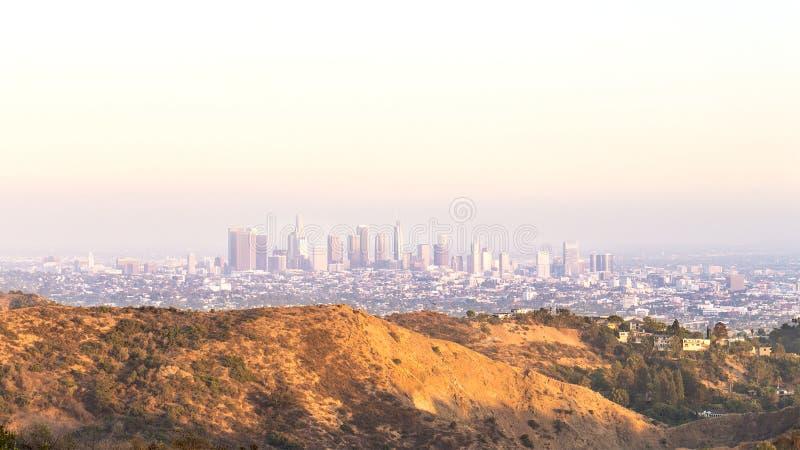 De panoramische de stadsmening Van de binnenstad van Los Angeles stock foto's