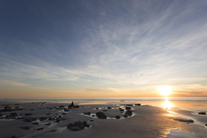 De par en par y opiniones abiertas de la playa fotos de archivo