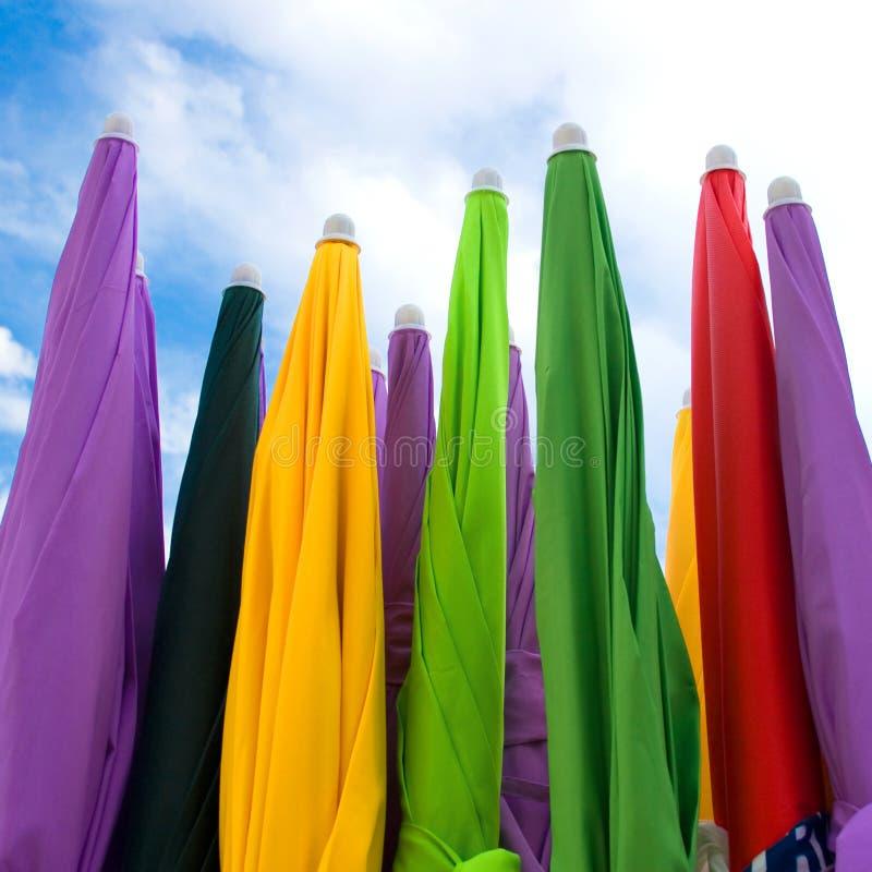 De paraplu's van Raimbow royalty-vrije stock afbeelding