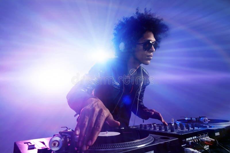 De partij DJ van de club royalty-vrije stock afbeeldingen